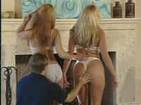 Парень приказал дамочка удовлетворить его потребности